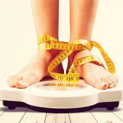 7 незаметных привычек, которые мешают похудеть